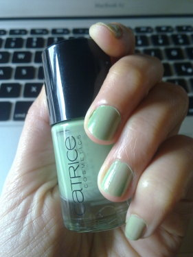 NOTD Sold Out For Ever Catrice