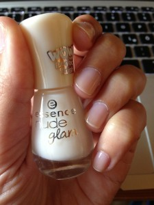 NOTD: Essence Nude Glam