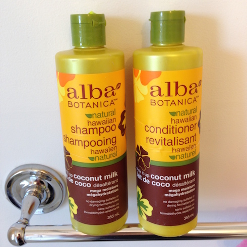 Alba Botanica Drink it up coconut milk
