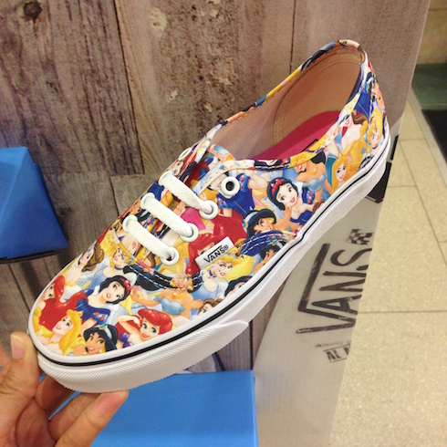detailed pictures 1ea06 333d9 Fashion] Disney & Vans – ich bin verliebt! – Leonas Lalaland